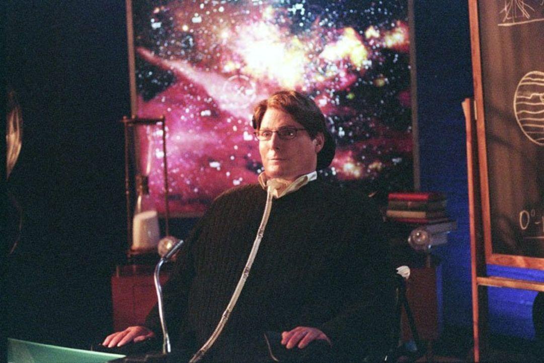 Clark erhält E-Mails von Dr. Swann (Christopher Reeve), einem geheimnisvollen Milliardär, der auf der Suche nach außerirdischem Leben ist ... - Bildquelle: Warner Bros.