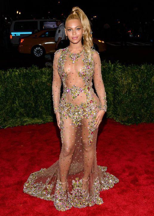 Met Gala 2015: Beyonce - Bildquelle: SIPA/WENN.com