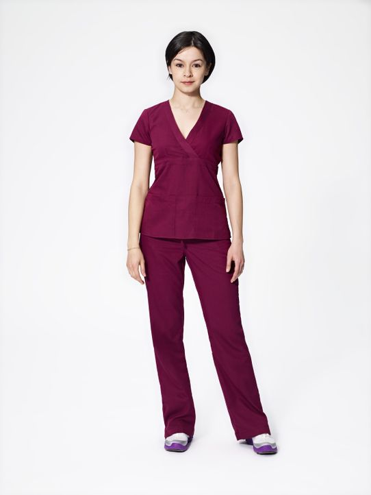 (1. Staffel) - Dr. Maggie Lin (Julia Taylor Ross) ist sich durchaus bewusst, dass sie dem ein oder anderen Kollegen gehörig den Kopf verdreht ... - Bildquelle: 2012  Hope Zee One Inc.