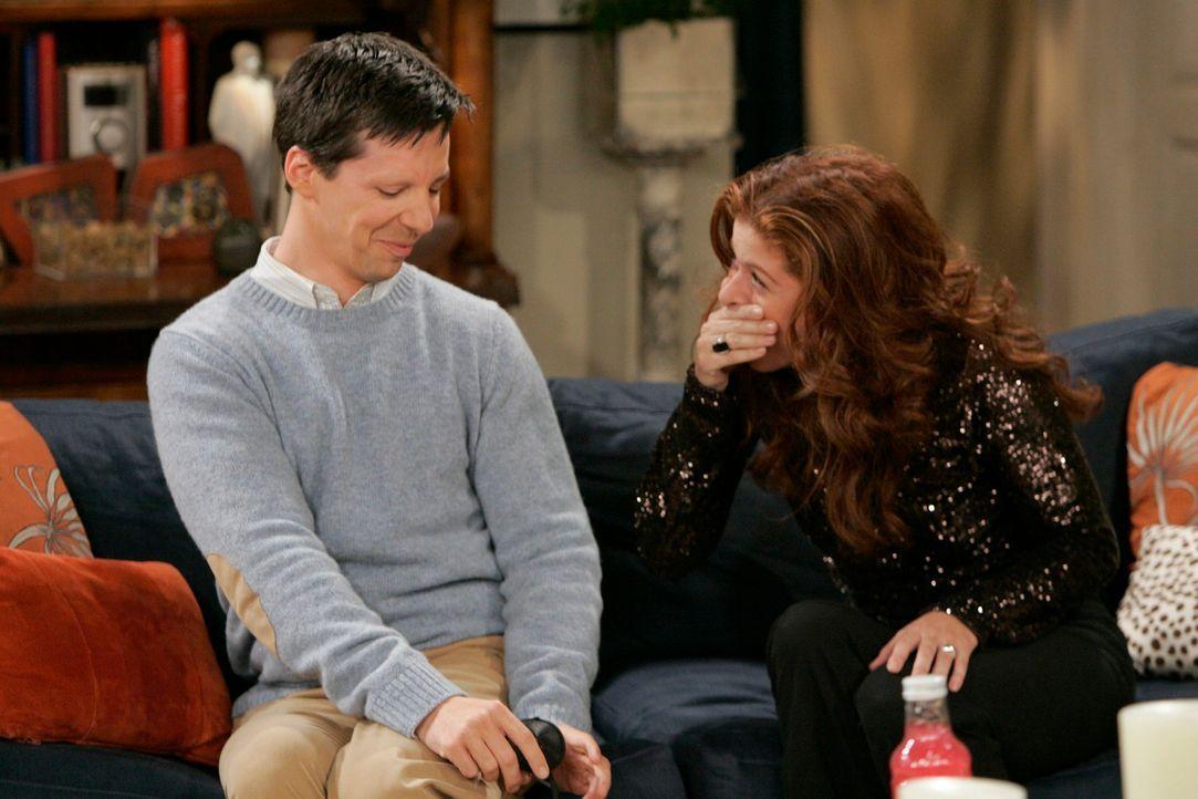 Haben das gleiche Interesse - Männer: Grace (Debra Messing, r.) und Jack (Sean Hayes, l.) ... - Bildquelle: NBC Productions