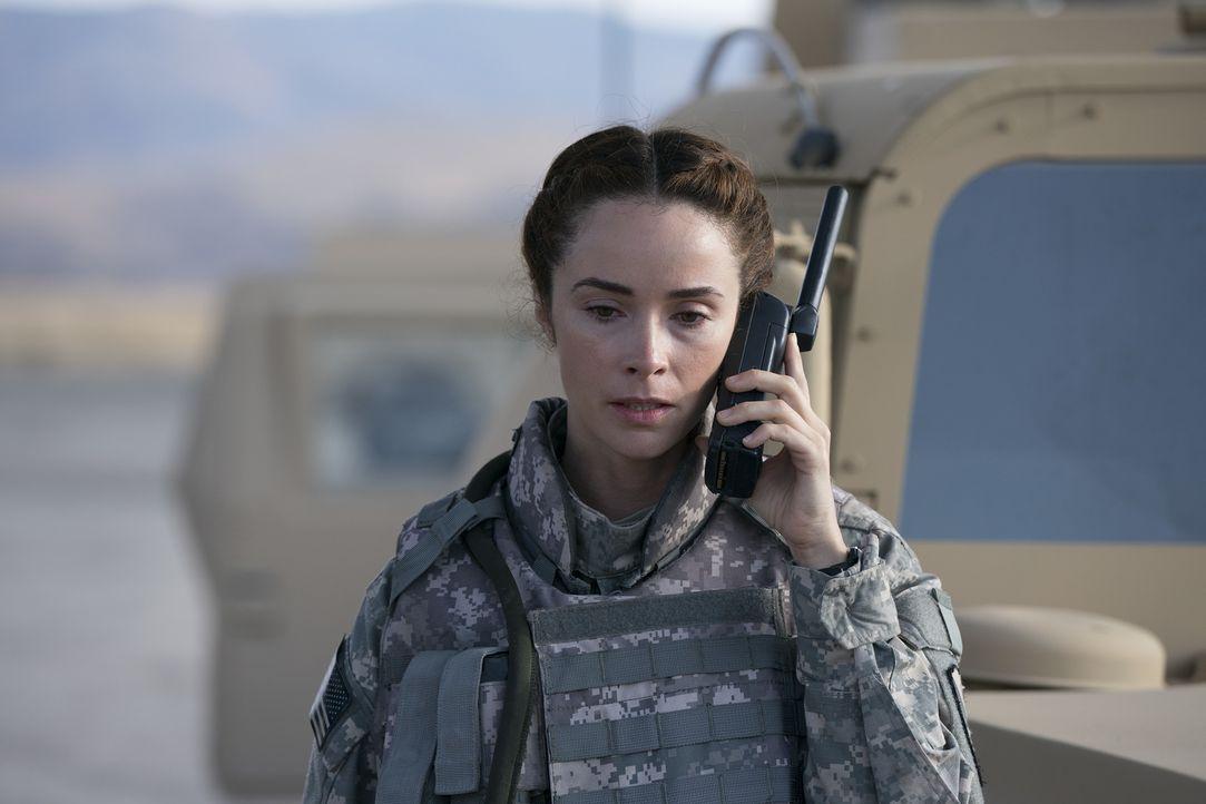 Während Nathan ihr neues Zuhause in L.A. vorbereitet, muss Megan (Abigail Spencer) mit den immerwährenden Erinnerungen an ihren Einsatz im Irak zure... - Bildquelle: Mitch Haaseth 2017 American Broadcasting Companies, Inc. All rights reserved./Mitch Haaseth
