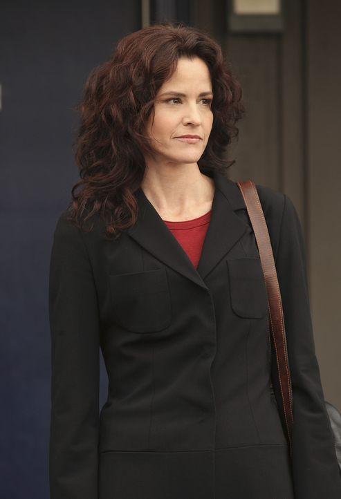 Sarah (Ally Sheedy) weiß noch nicht, ob sie sich auf den Vorschlag von Kyle einlassen möchte ... - Bildquelle: TOUCHSTONE TELEVISION