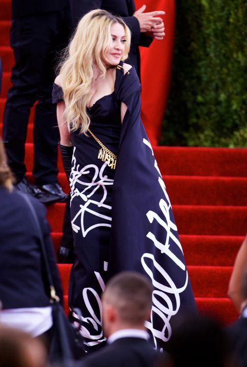 Met Gala 2015: Madonna - Bildquelle: Alberto Reyes/WENN.com