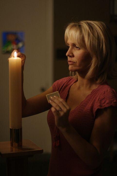 Weil sie mit ihren Gefühlen nicht umgehen kann, gibt Deb (Barbara Alyn Woods) kurzzeitig die Schuld an Nathan ab ... - Bildquelle: Warner Bros. Pictures