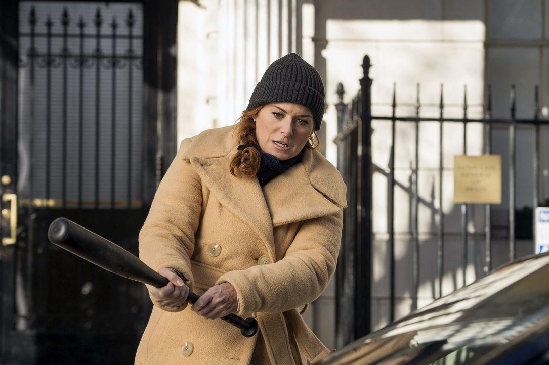 Als eine junge Frau im Central Park tot gefunden wird, beginnen für Laura Diamond (Debra Messing) und ihre Kollegen die Ermittlungen, um den Mörder... - Bildquelle: Warner Bros. Entertainment, Inc.