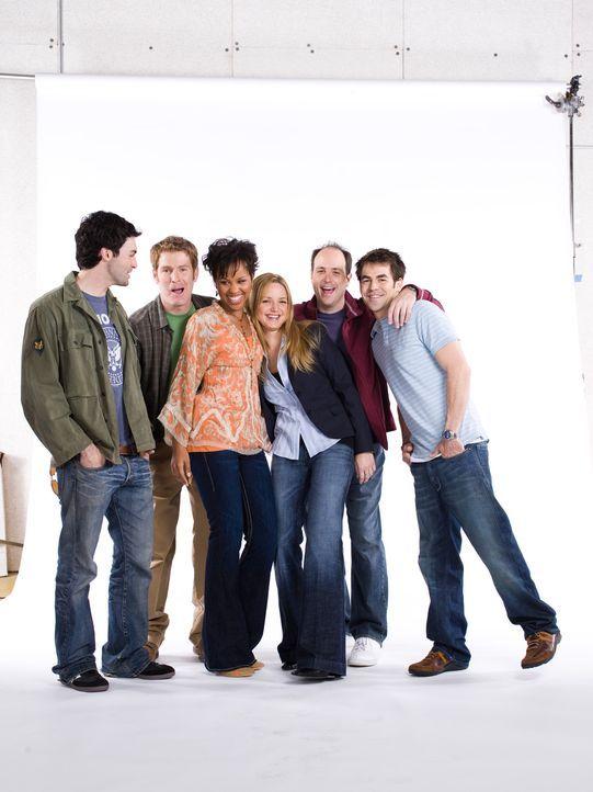 (1. Staffel) - In ihrem Leben spielt Sport eine wichtige Rolle (v.l.n.r.): Brendan (Reid Scott), Mike (Jamie Kaler), Stephanie (Kellee Stewart), P.J... - Bildquelle: 2006 Sony Pictures Television Inc. All Rights Reserved