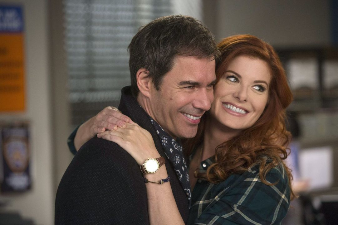 Was läuft zwischen Andrew (Eric McCormack, l.) und Laura (Debra Messing, r.)? - Bildquelle: Warner Bros. Entertainment, Inc.