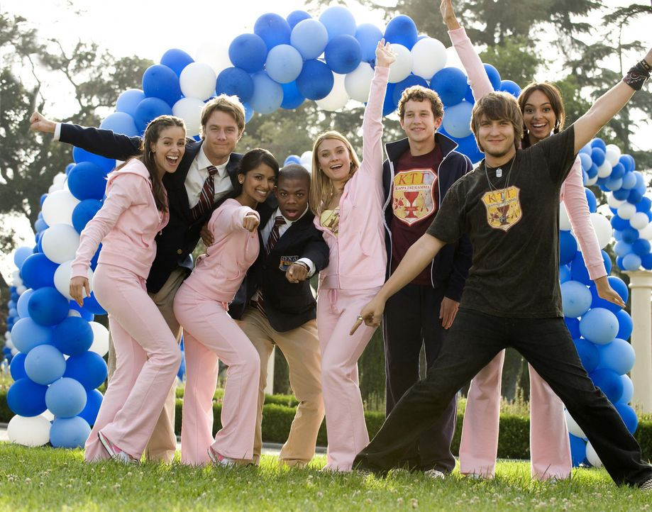Genießen ihr Studentenleben: Rebecca (Dilshad Vadsaria, 3.v.l.), Casey (Spencer Grammer, 4.v.r.), Evan (Jake McDorman, 2.v.l.), Rusty (Jacob Zachar,... - Bildquelle: 2008 ABC Family