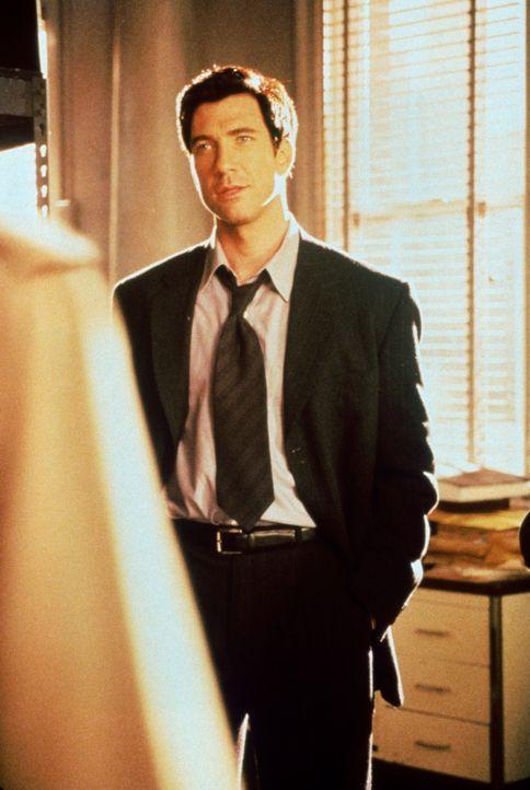 Die Kanzlei übernimmt ihren ersten Mordfall und zieht den erfahrenen Anwalt Bobby Donnell (Dylan McDermott) hinzu ... - Bildquelle: Twentieth Century Fox Film Corporation. All rights reserved.