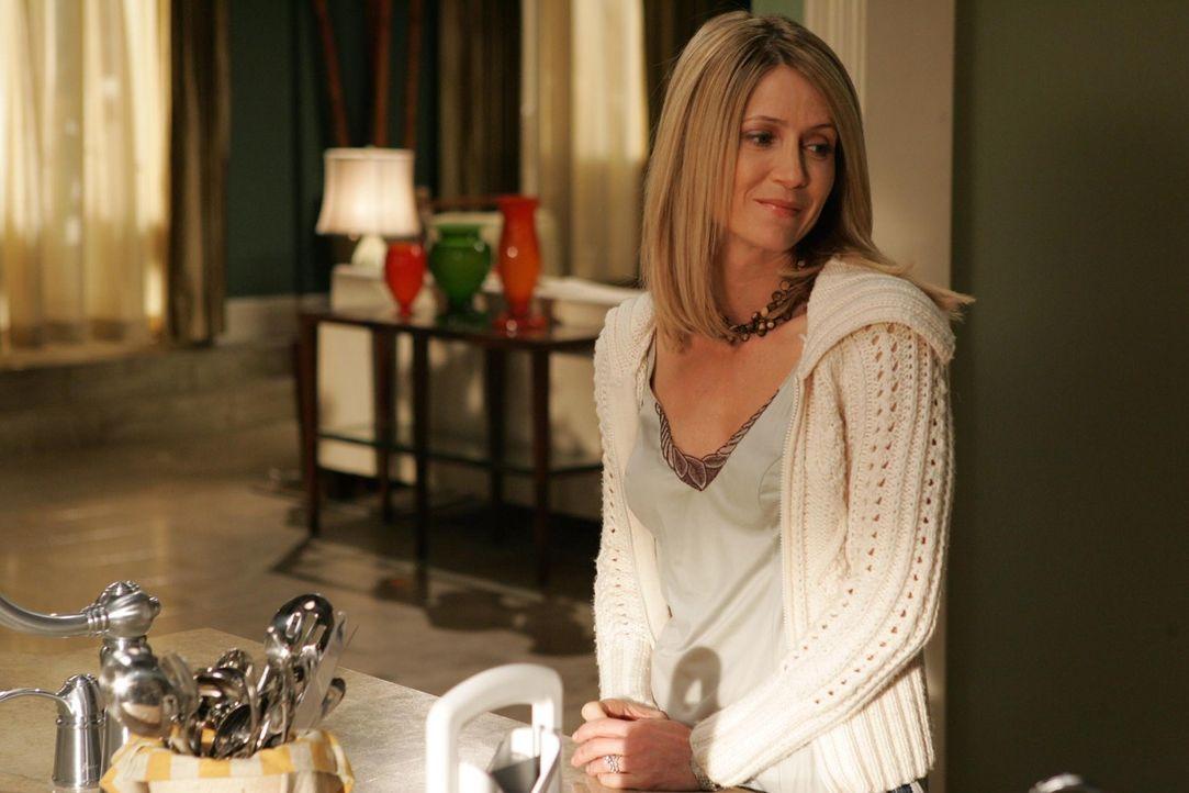 Es ist Valentinstag in Newport, doch niemand verbringt ihn wirklich glücklich. Schon gar nicht Kirsten (Kelly Rowan) ... - Bildquelle: Warner Bros. Television