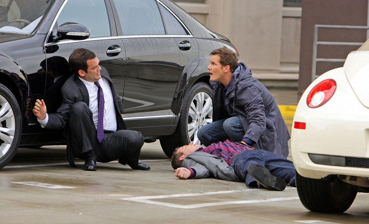 Ein neuer Fall: Für Colby (Dylan Bruno, r.) und seine Kollegen beginnt ein Wettlauf mit der Zeit ... - Bildquelle: Paramount Network Television
