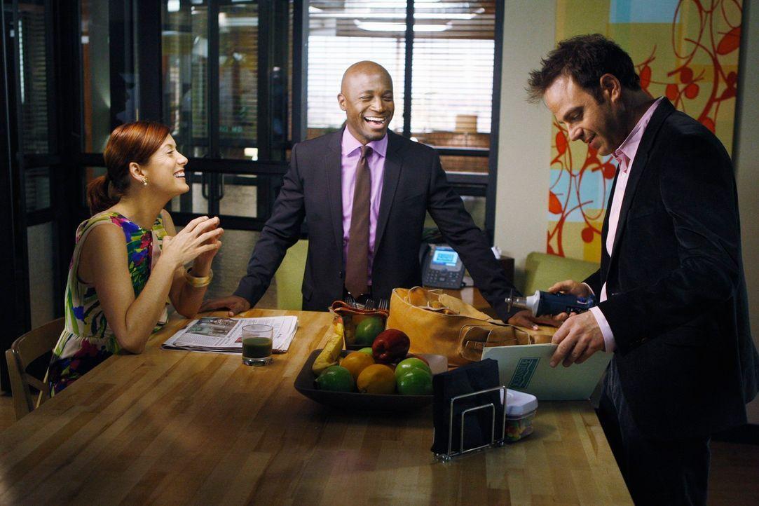 Ein neuer Arbeitstag wartet auf Sam (Taye Diggs, M.), Addison (Kate Walsh, l.) und Cooper (Paul Adelstein, r.) ... - Bildquelle: ABC Studios