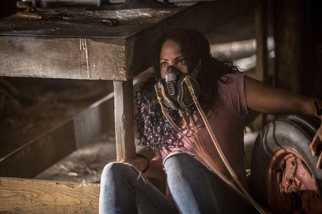 Nicht nur Keelin (Christina Marie Moses) offenbart etwas aus ihrer Vergangenheit, sondern auch Vincent erinnert sich an etwas, was ihn jetzt möglich... - Bildquelle: 2016 Warner Brothers