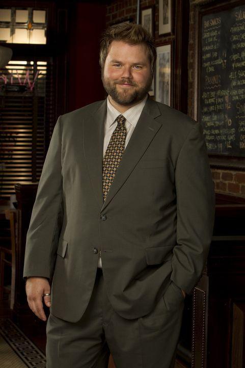 (1. Staffel) - Larry Munsch (Tyler Labine) ist Bens Kollege und bester Freund. Doch im Gegensatz zu ihm sieht er die Liebe eher nüchtern ... - Bildquelle: CPT Holdings, Inc. All Rights Reserved.