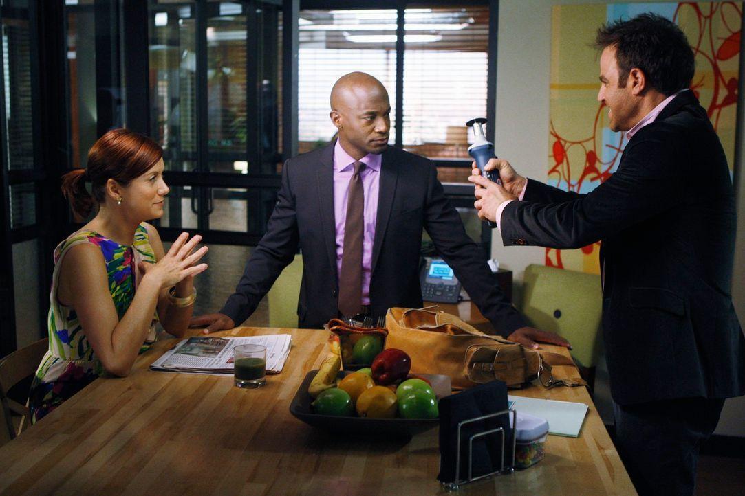 Werden mit neuen Problemen konfrontiert: Sam (Taye Diggs, M.), Addison (Kate Walsh, l.) und Cooper (Paul Adelstein, r.) ... - Bildquelle: ABC Studios